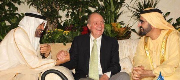 Foto: El rey Juan Carlos con el jeque Mohamed bin Rashid al Maktoum (derecha)