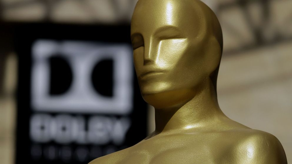 Estatua de los Oscar: 3,6 kilos de bronce bañado en oro que 3 años fueron yeso