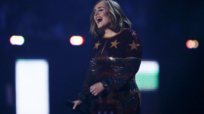 De 111 euros a 32.500 por una entrada de Adele: así funcionan las mafias de la reventa