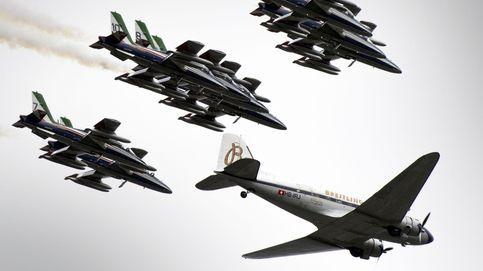 El mítico Breitling DC-3 llega a Suiza y secuelas tras el huracán Irma: el día en fotos