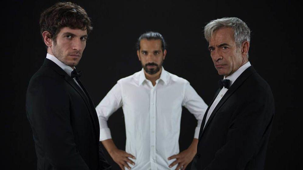 Foto: Quim Gutiérrez, Javier Ruiz Caldera e Imanol Arias en una imagen promocional del filme