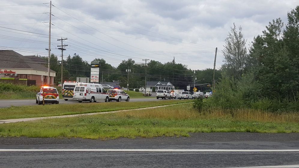 Foto: Vehículos de emergencia en Fredericton. (Reuters)