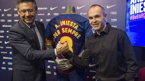 La renovación de Iniesta recalca la foto que Bartomeu no se ha hecho con Messi