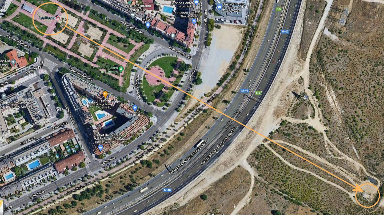 Posición de la trampilla de acceso en relación con la estación de metro. (Google Maps)