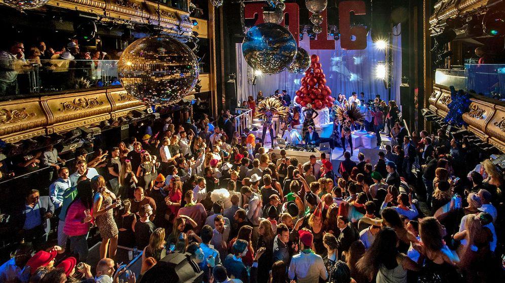 Foto: Fiesta de fin de año en una conocida discoteca madrileña.