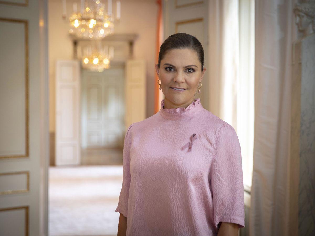 Foto: La princesa Victoria, en una imagen tomada con motivo del Día del Cáncer de Mama. (EFE)
