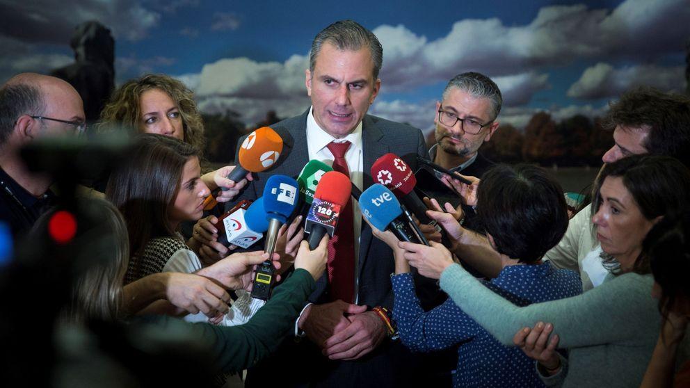 Ortega Smith en el Ministerio del Tiempo