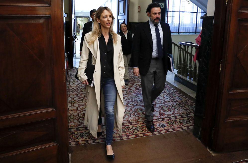 Foto: Cayetana Álvarez de Toledo, este martes, a su llegada a la reunión de la Junta de Portavoces del Congreso. (EFE)