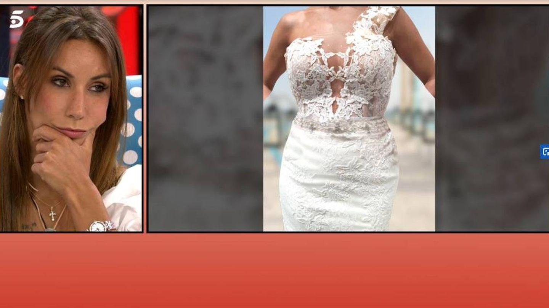 'Sálvame' muestra el vestido de novia de Fani. (Mediaset España)