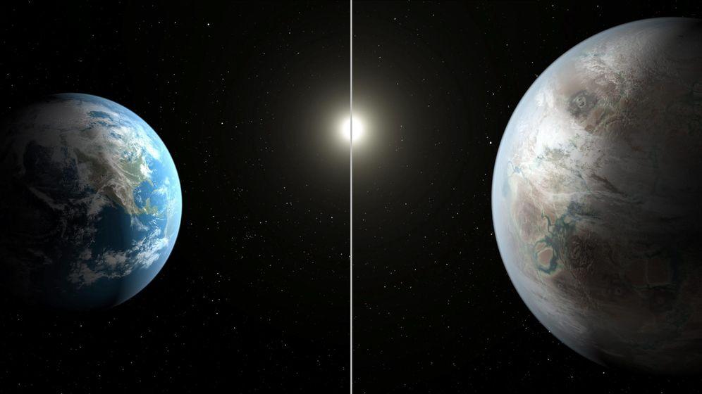 Foto: La tierra junto al ultimo planeta descubierto por la Nasa (Efe)