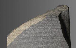 La piedra que descifró Egipto cumple 215 años