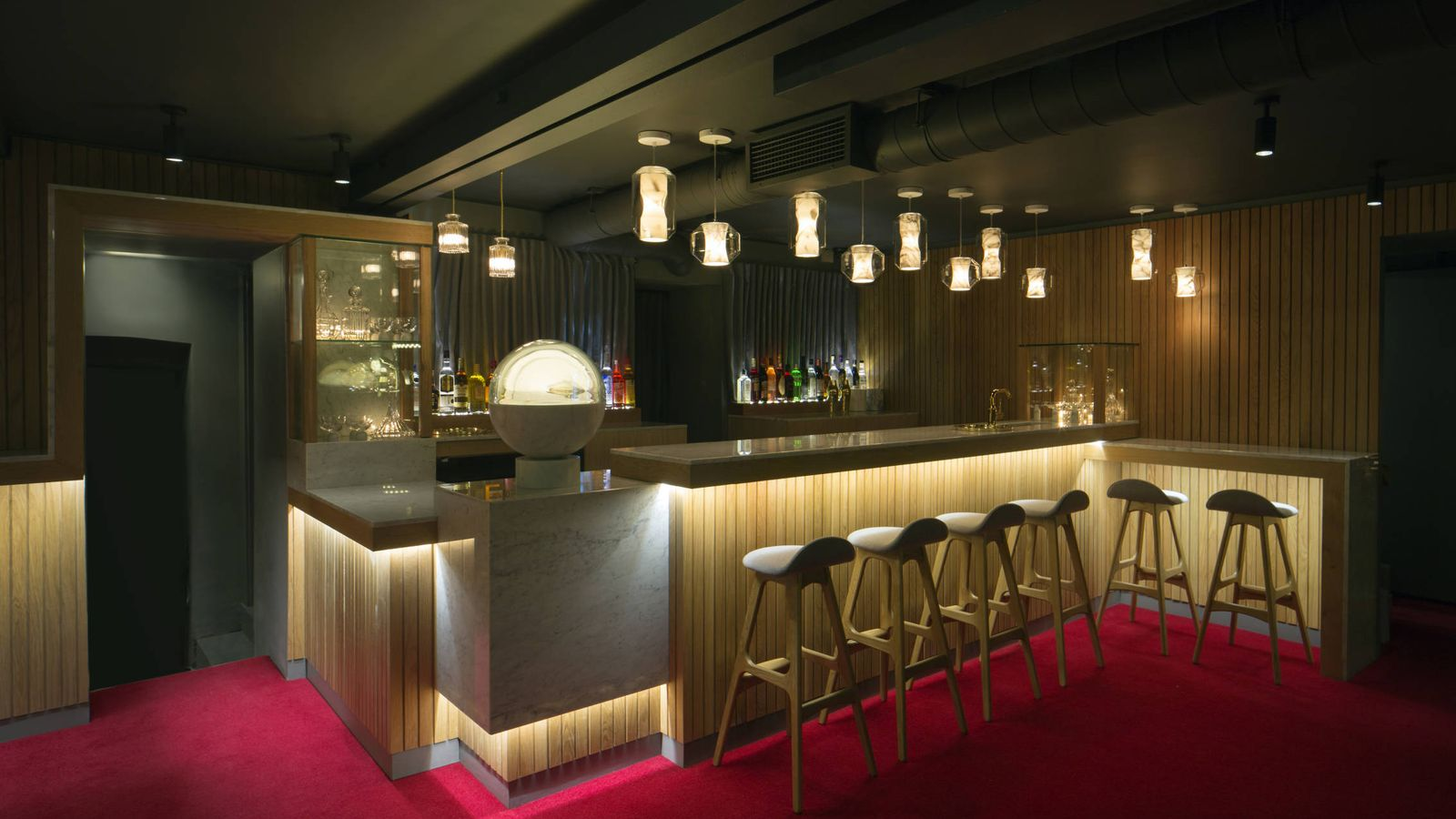 10 ideas sorprendentes para tu mueble bar futurista for Tu mueble nacional