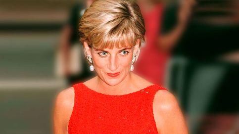 Diana de Gales se habría enamorado de este vestido de Uterqüe, y no nos extraña