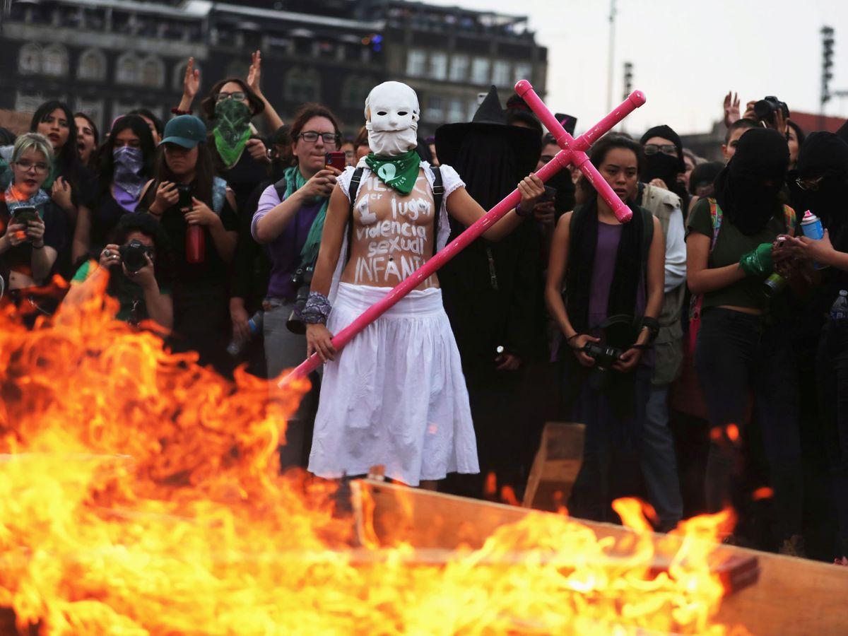 Foto: Manifestaciones en la Plaza del Zócalo en México el 8 de marzo. (Reuters)