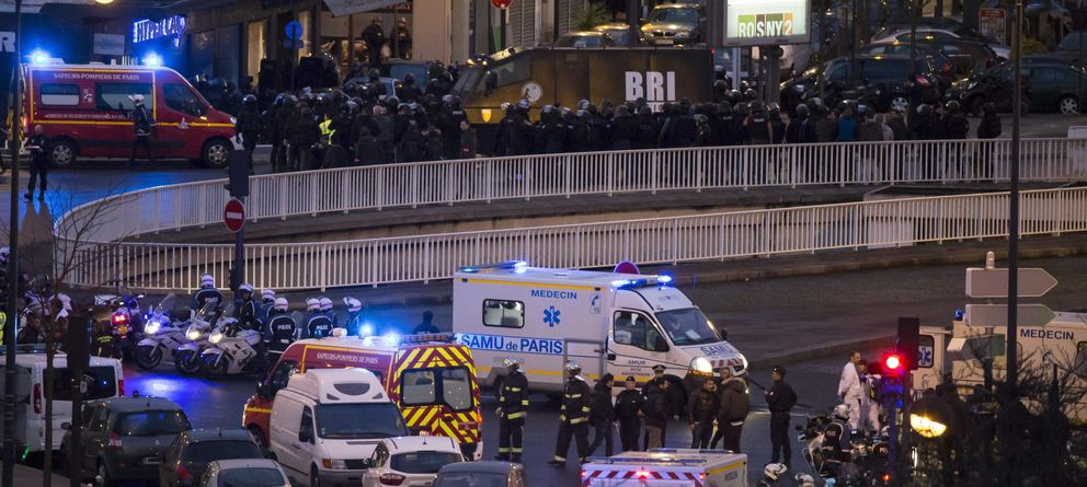 Foto: Efectivos del cuerpo de élite BRI asaltan el supermercado judío. (EFE)