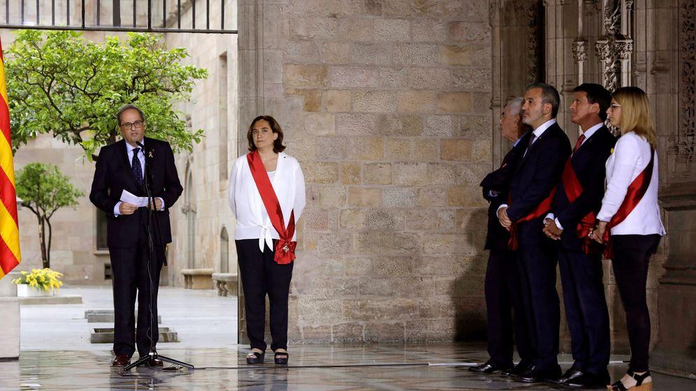 Foto: Manuel Valls, en la reelección de Ada Colau como alcaldesa de Barcelona. (EFE)