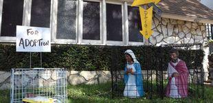 Post de La Virgen María y el Niño Jesús, enjaulados y separados en un belén en EEUU