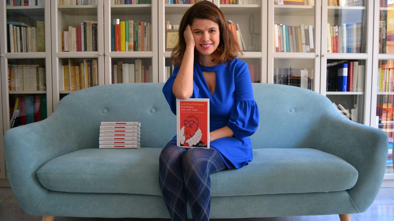 Lola Pons, autora de 'Una lengua muy muy larga'. (Arpa Editores)