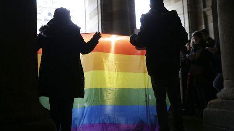 Piden 9 años de cárcel a dos acusados de una agresión homófoba a una pareja en Barcelona