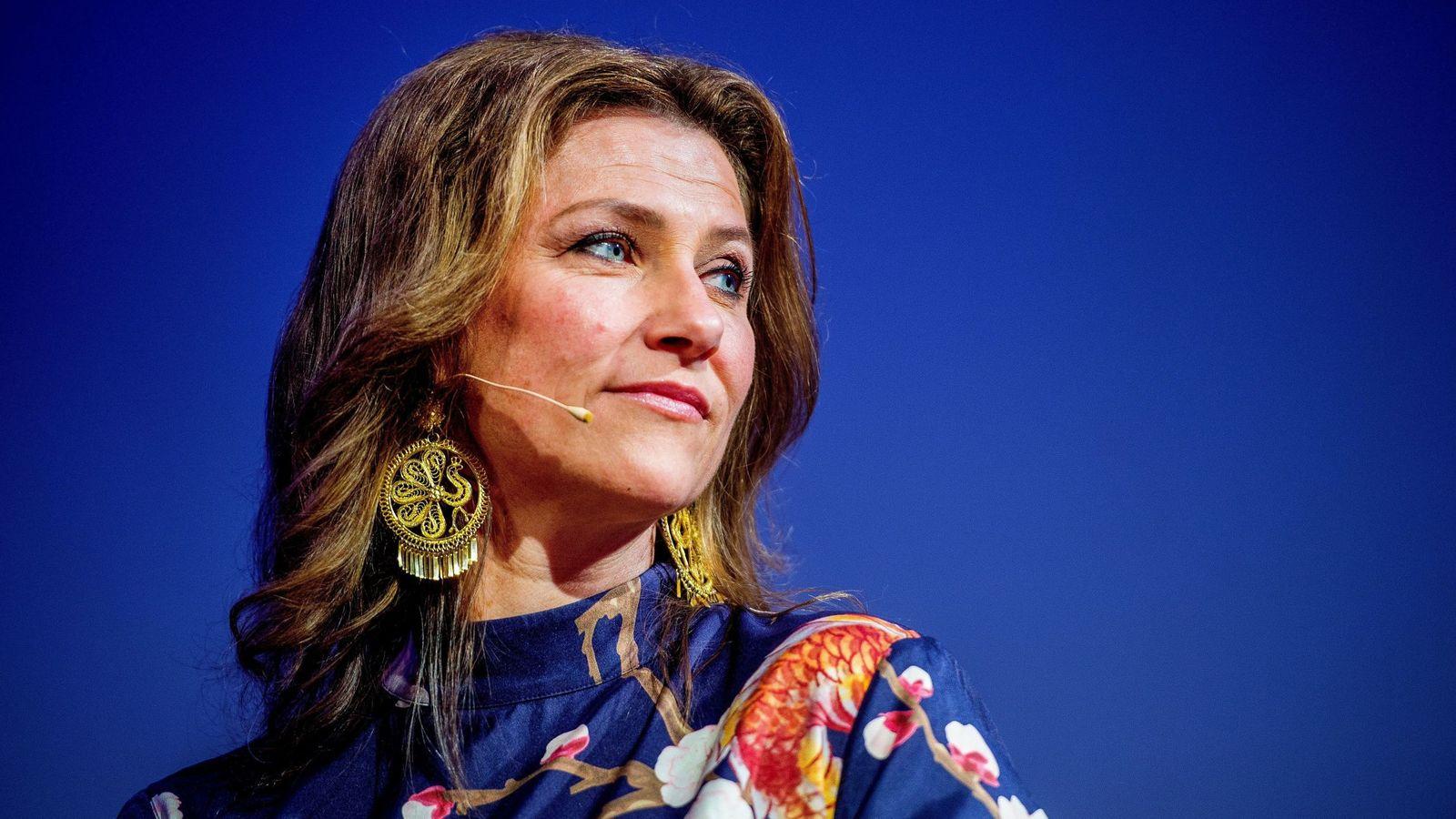 Foto: La princesa Marta Luisa en una de sus charlas. (EFE)