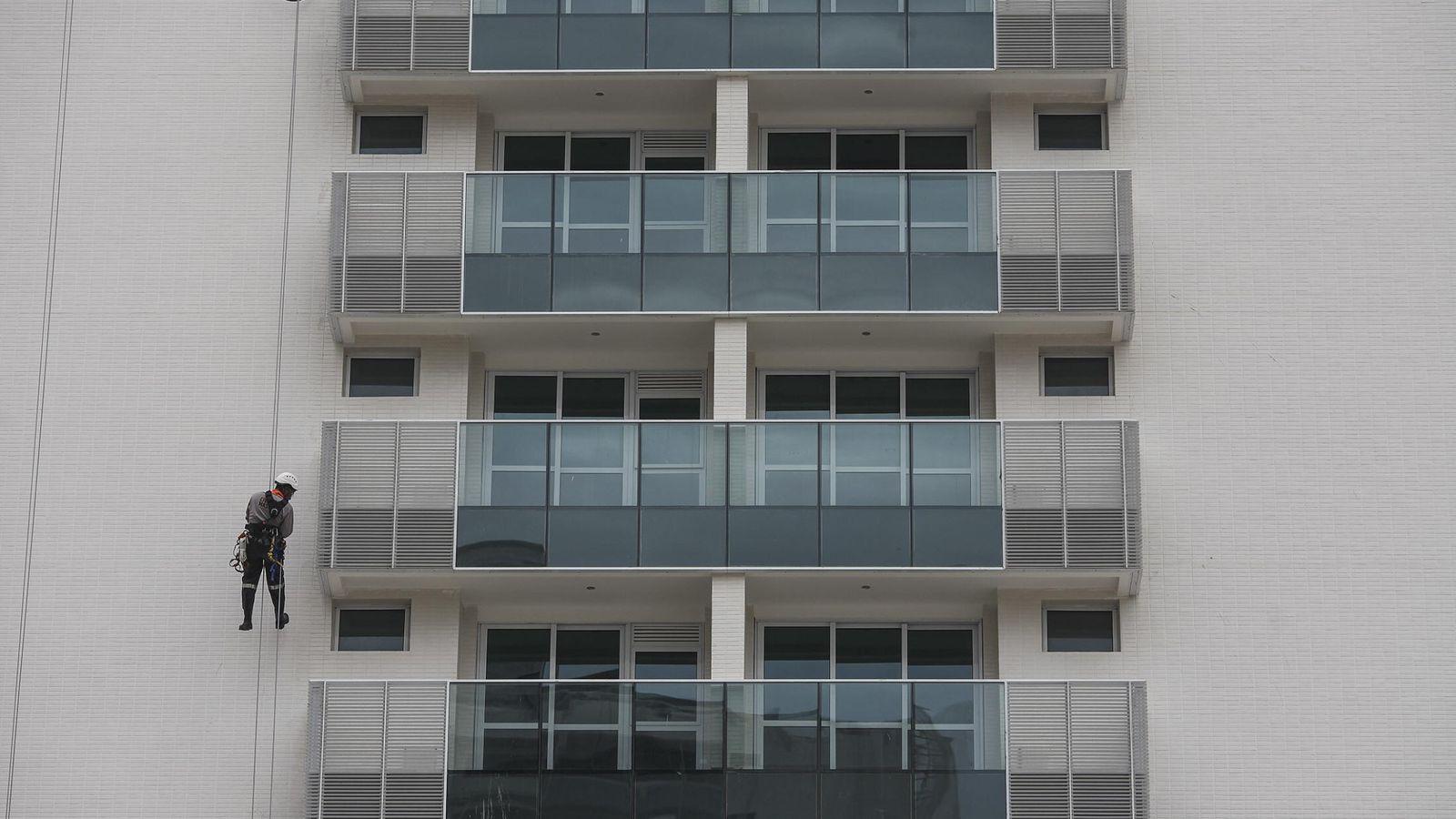 Foto: Un bloque de viviendas. (Efe)