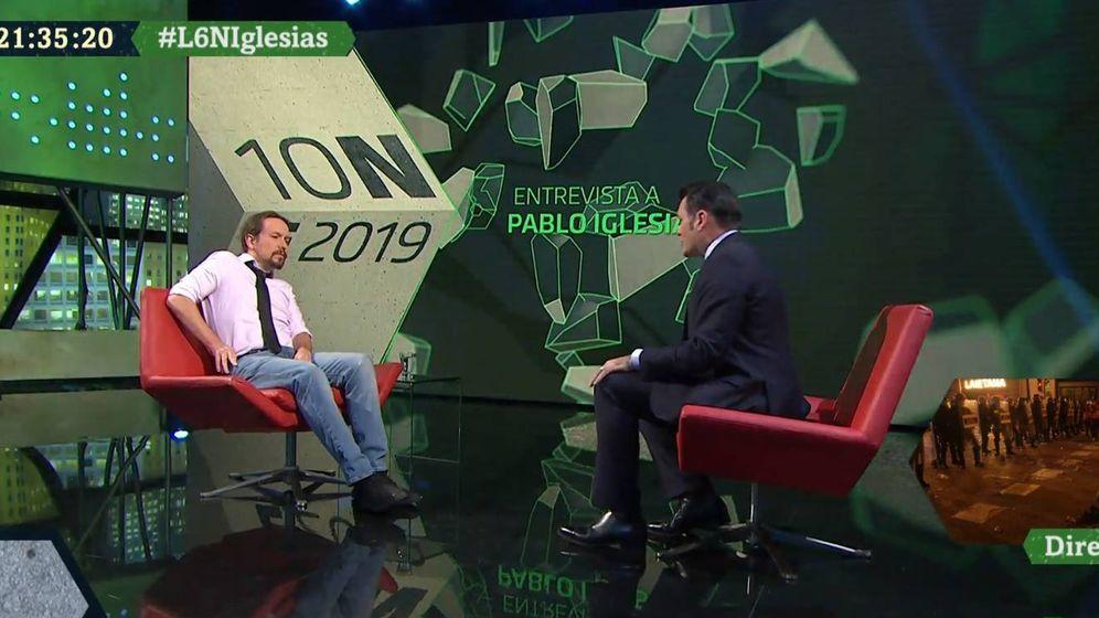Foto: Pablo Iglesias e Iñaki López, en el plató de 'La Sexta noche'. (Atresmedia).