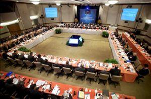 Varias organizaciones piden que se reduzca el peso de EEUU y Europa en la dirección del FMI