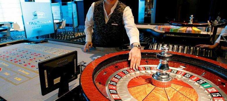 Foto: Bienvenidos al gran casino bursátil español: el lugar donde triunfar con el agua al cuello