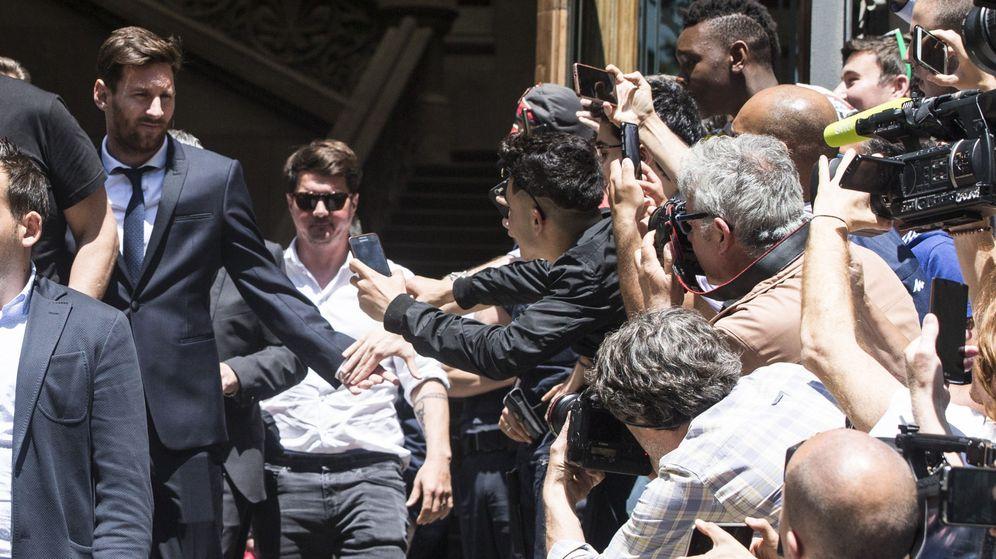 Foto: Messi, saliendo de la Audiencia (EFE)