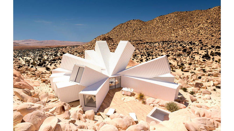 Arquitectura vivir en contenedores en mitad del desierto - Contenedores para vivir ...