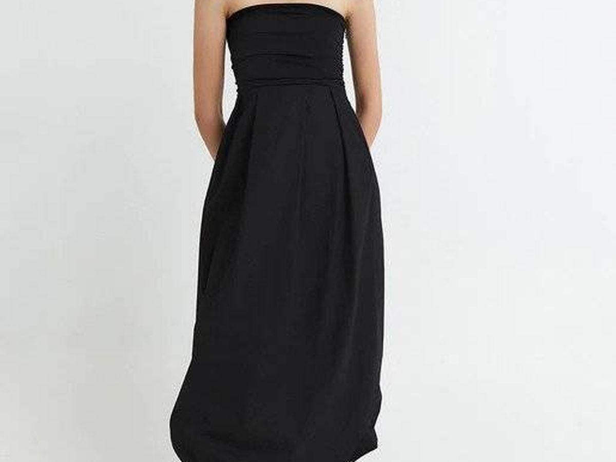 Foto: Vestido negro de Sfera. (Cortesía)