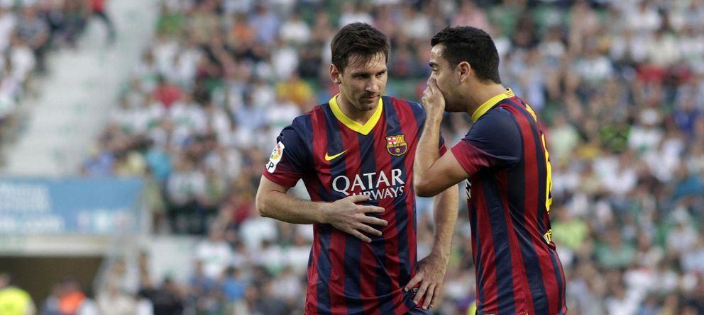 Foto: Xavi (d) dejará el Barça en los próximos dias. Messi es de los más veteranos del vestuario.