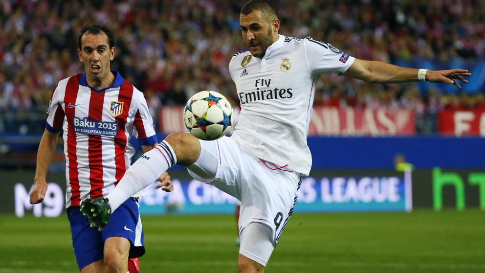 Benzema se retira de la sesión y es baja para jugar ante el Málaga