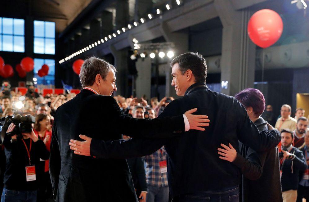 Foto: Pedro Sánchez y José Luis Rodríguez Zapatero, el 15 de marzo de 2018 en la inauguración de la escuela de buen gobierno del PSOE. (EFE)