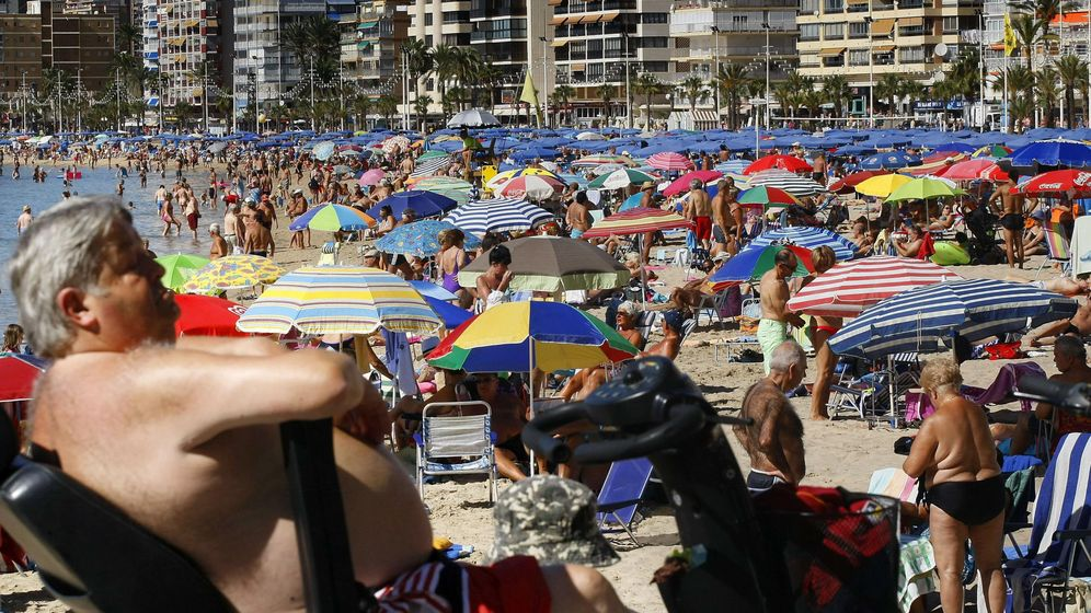 Foto: Playa de Benidorm, en Alicante (EFE)