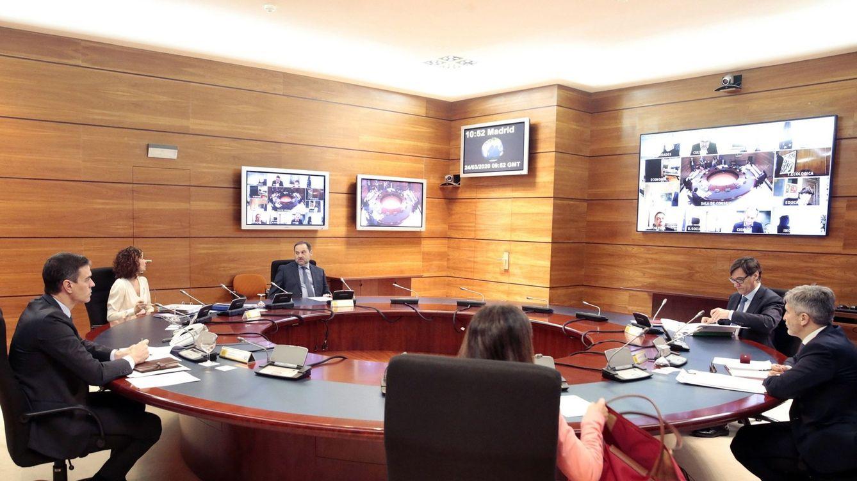 El blindaje del Gobierno al Ibex bloquea la entrada de inversión en plena crisis