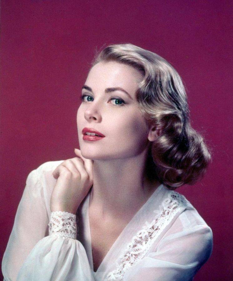 Las seis grandes divas del siglo XX  - Página 2 Grace-kelly-35-anos-sin-la-actriz-princesa-que-se-enamoro-de-espana