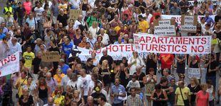Post de Atrapados por la 'turistificación': qué hacen Madrid, Barcelona y Valencia por sus vecinos