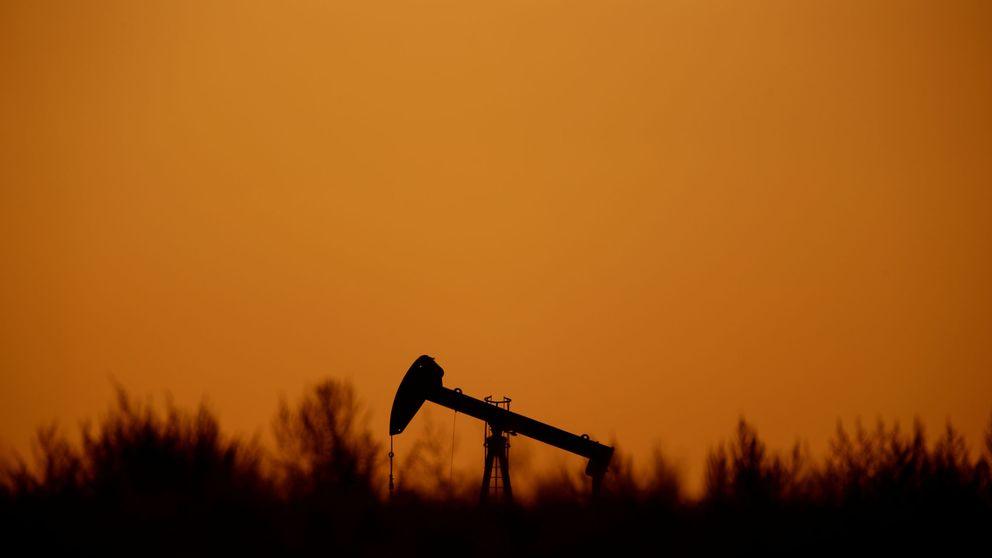 El petróleo acelera las caídas tras recortar la OPEP en un 93% sus previsiones