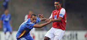 El Sporting de Braga sorprende al Sevilla y toma ventaja en la eliminatoria