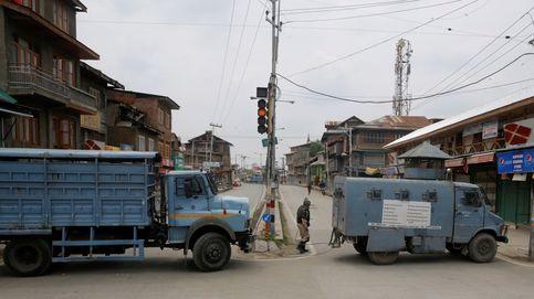 Brutal agresión policial a un periodista en la India