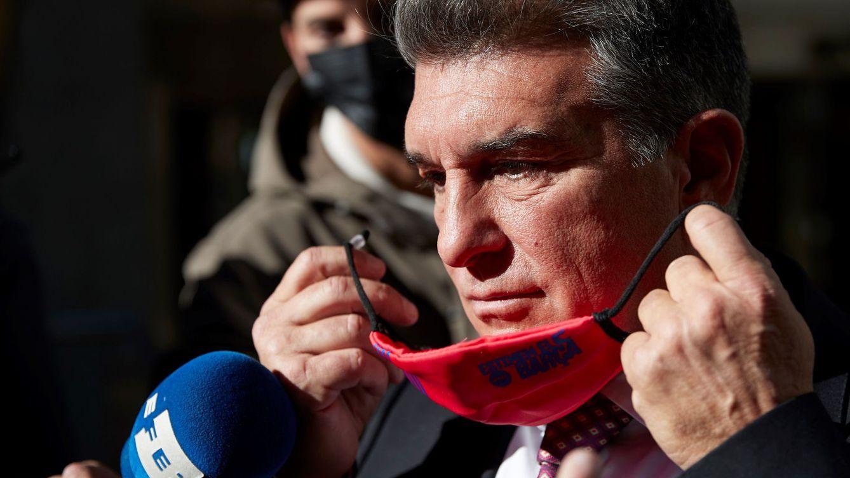 Laporta es el favorito para ganar las elecciones del Barça desde que colgó la pancarta