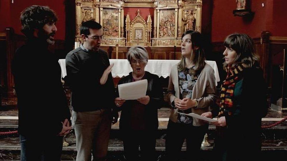 Foto: Arratibel y su familia en un fotograma de 'Converso'