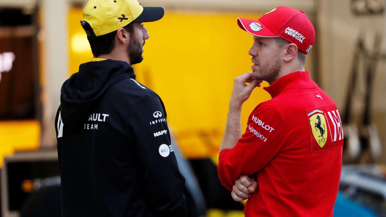 Daniel Ricciardo y Sebastian Vettel tendrán que esperar hasta la sesión de pretemporada de 2021 para rodar con sus nuevos equipos.