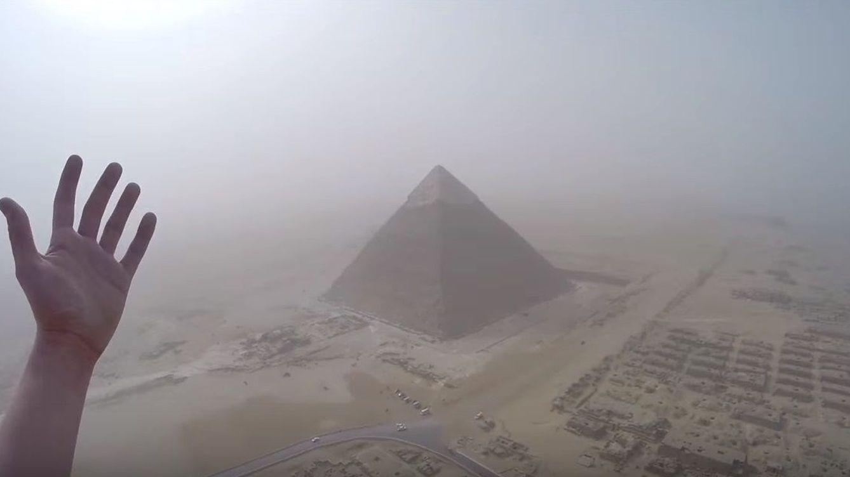 En la cima de las pirámides de Egipto: lo que ha visto el adolescente que las ha escalado