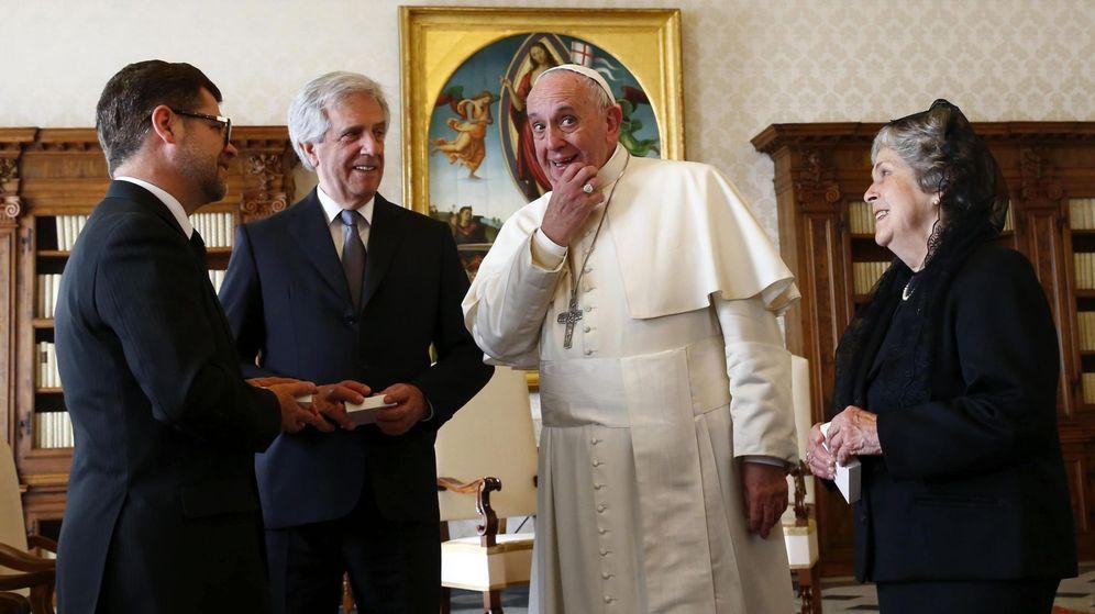 Foto: El papa Francisco recibe en audiencia al presidente de Uruguay. (EFE)