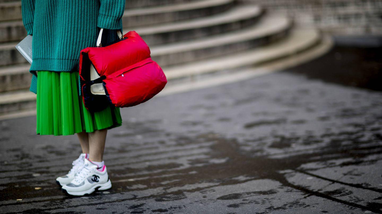 El Street Style y Chanel caen rendidos a este revival de los 90 (Foto Imaxtree)