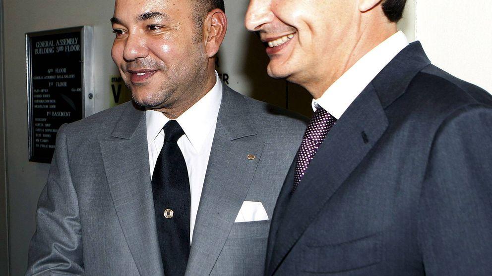 Zapatero, condecorado por el rey de Marruecos durante la Fiesta del Trono