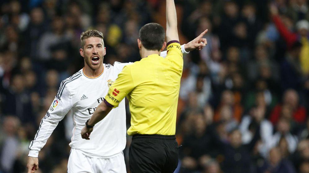 Foto: Undiano Mallenco, en la 2013-14, también le expulsó ante el Barça. (EFE)
