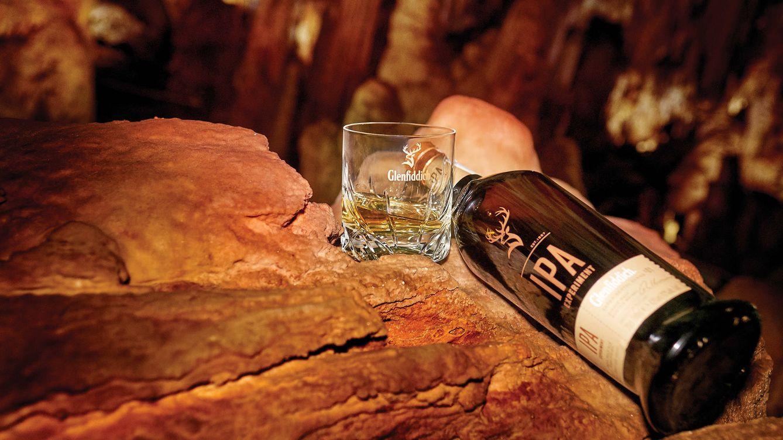 Foto: Para mostrar su personalidad única, Glenfiddich tiene en su elaboración los cuatro elementos de la naturaleza: tierra, agua, aire y fuego.